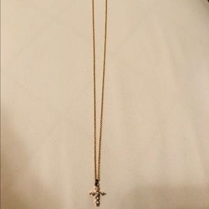 Dainty Cross Necklace➰🌱 (NWOT)
